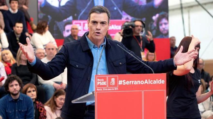 """Sánchez reivindica el """"sentido común"""" frente a una derecha """"decadente"""" y """"radicalizada"""""""