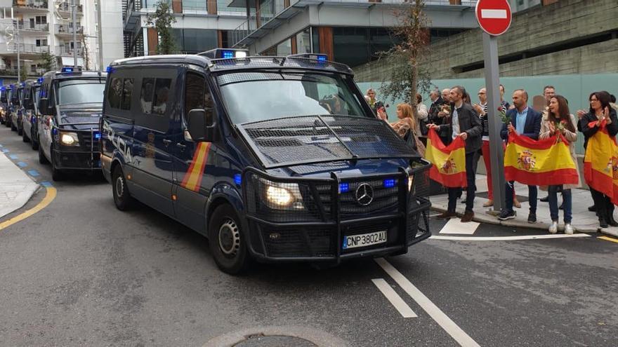 Llegan a Vigo 29 policías desplazados a Cataluña