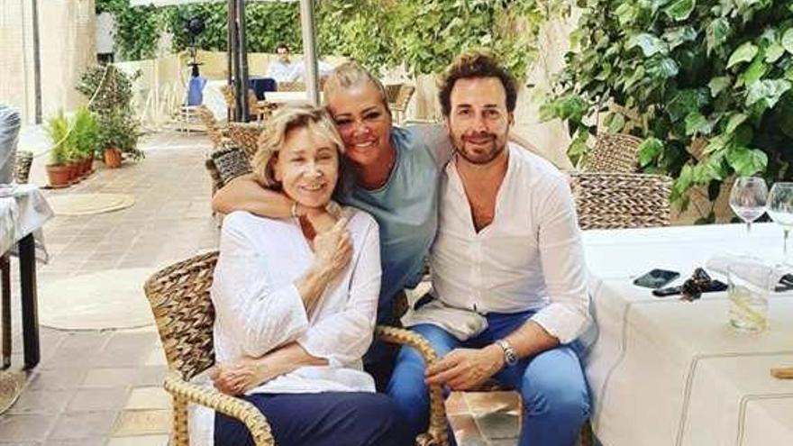 Mila Ximénez se reúne con Belén Esteban y Raúl Prieto