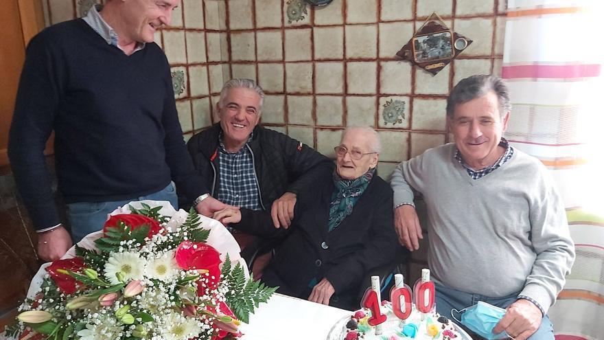 Pilar Jiménez García se convierte en la nueva centenaria de Pilar de la Horadada