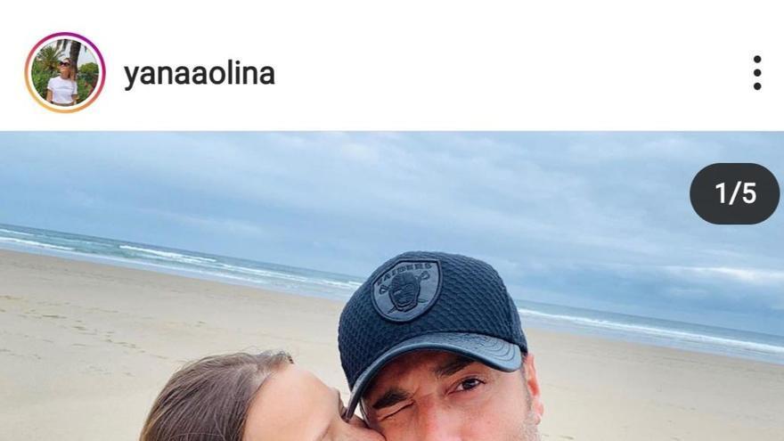 La mallorquina Yana Olina regresa de sus vacaciones con David Bustamante