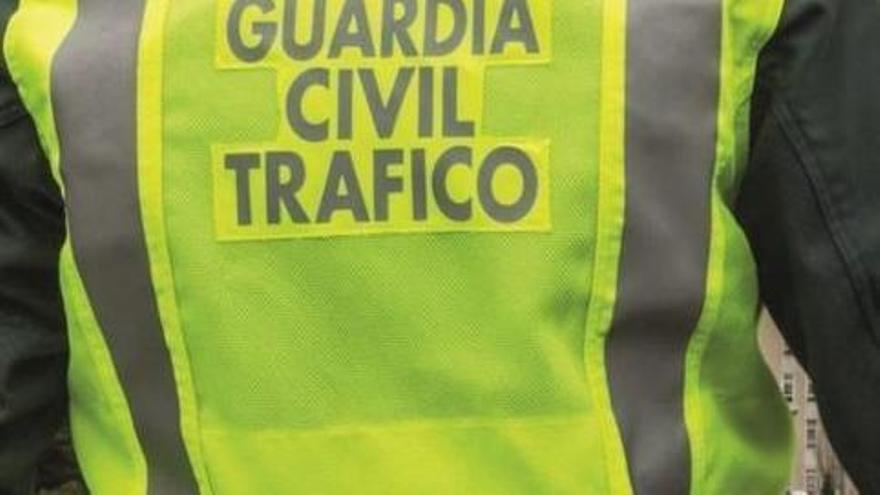 Muere un motorista en Carral tras chocar contra una furgoneta, cuya conductora tuvo que ser excarcelada