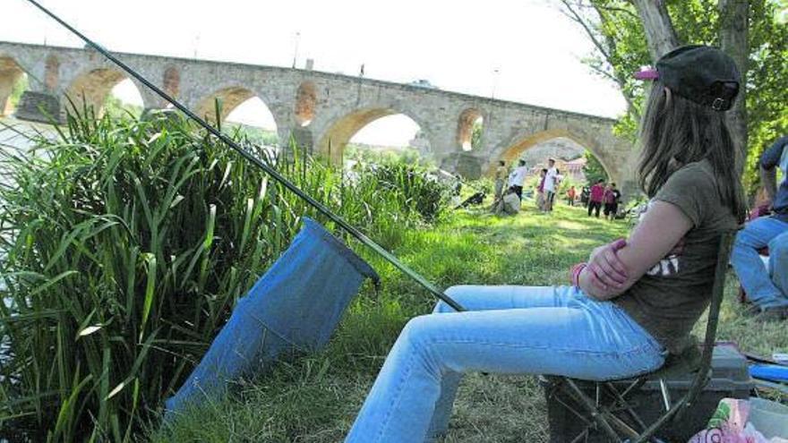Actualizada la relación de los cotos de pesca en Zamora