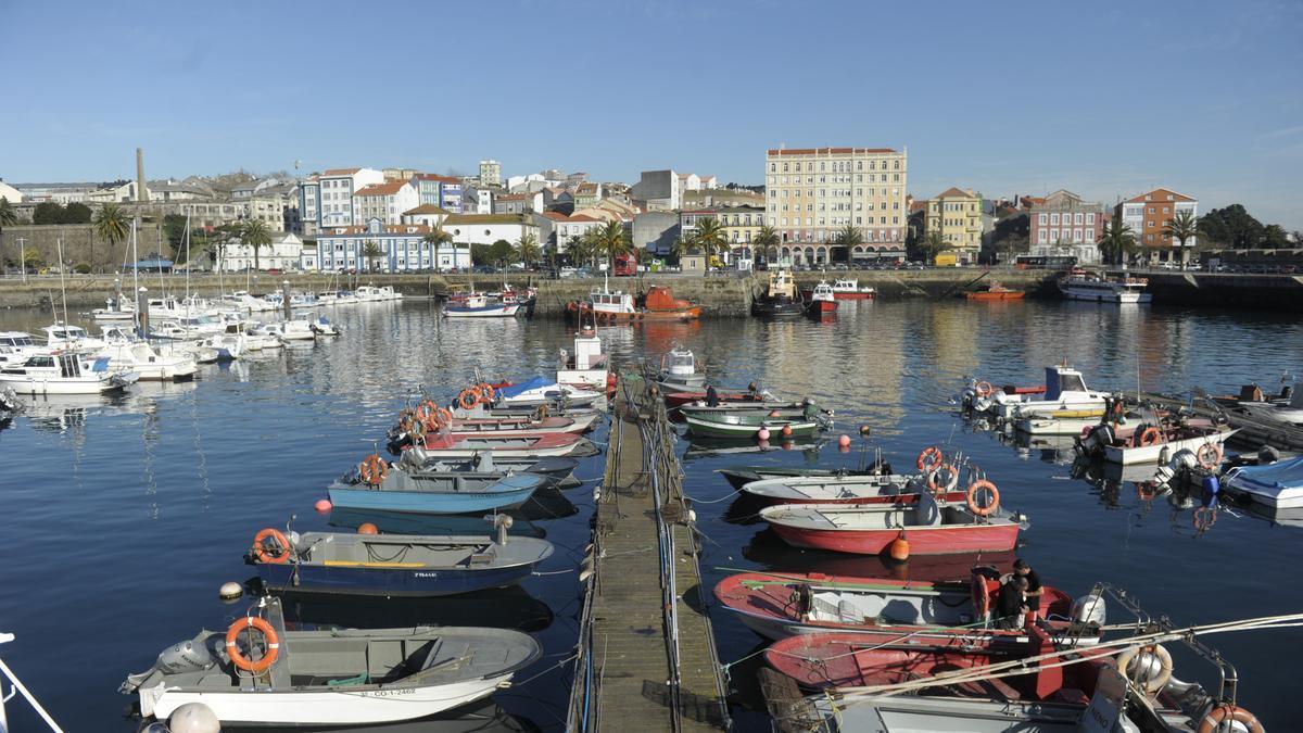 Muelle de Curuxeiras, en el puerto de Ferrol.