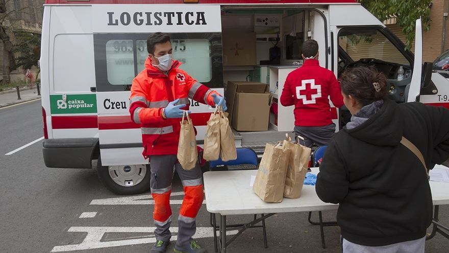 El perfil de los nuevos atendidos por la Cruz Roja: mujer en paro y con hijos a cargo