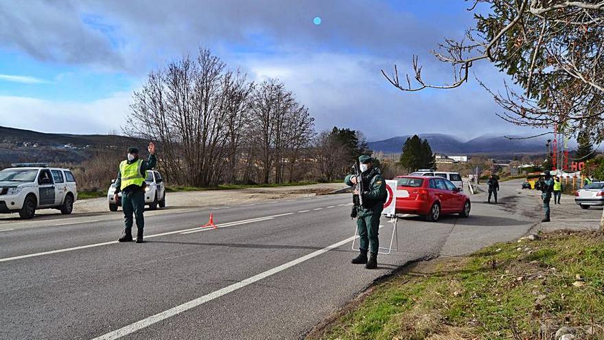 La Guardia Civil blinda el cierre perimetral con Galicia en Sanabria