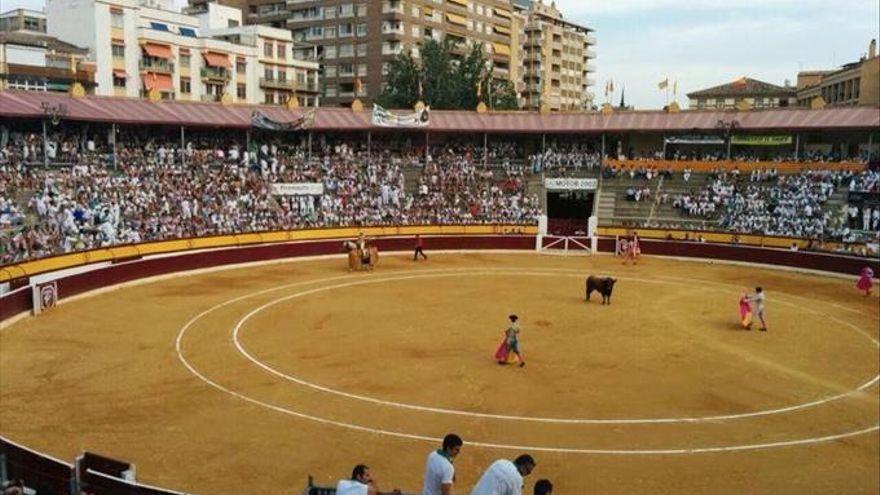 Tauroemoción apremia al Ayuntamiento de Huesca para que busque soluciones y la ciudad no se quede sin feria taurina