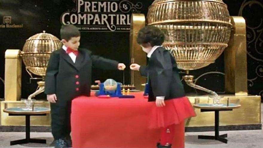 VÍDEO | El colegio de Villaralbo celebra un festival navideño de forma virtual