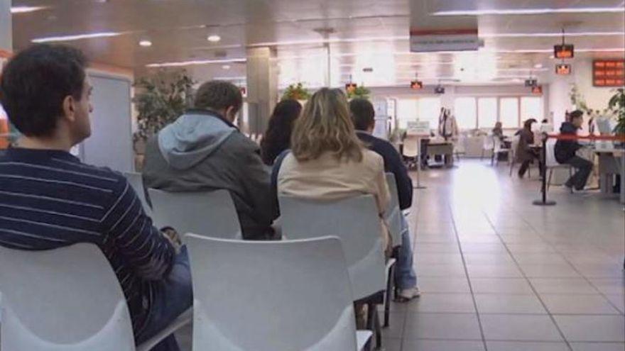 Uno de cada 9 trabajadores de Canarias sigue en ERTE tras un año de pandemia
