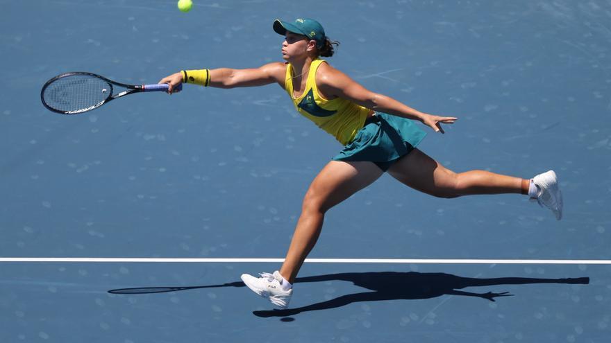 La tenista de la Vall d'Uixó Sara Sorribes brilla en Tokio y deja fuera de los Juegos a la número uno Barty