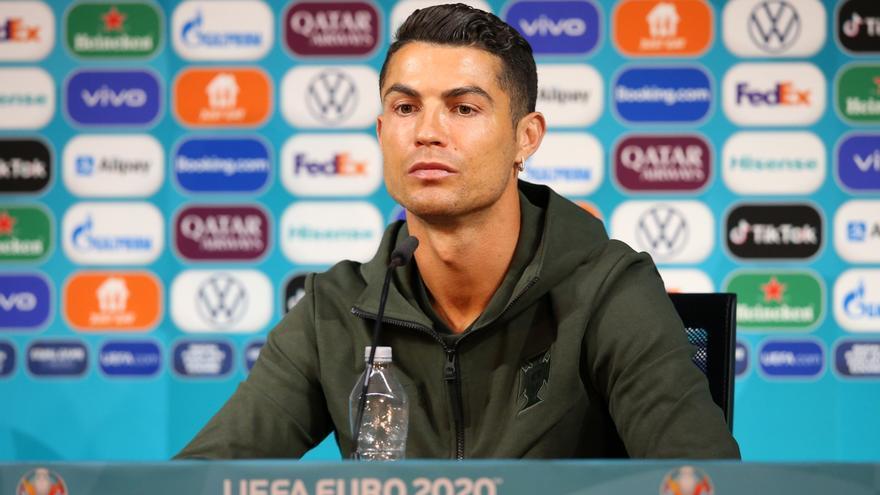 La espectacular caída económica de Coca-Cola por culpa de Cristiano Ronaldo