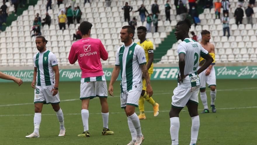 El Córdoba CF firma el desastre y cae a la Segunda RFEF