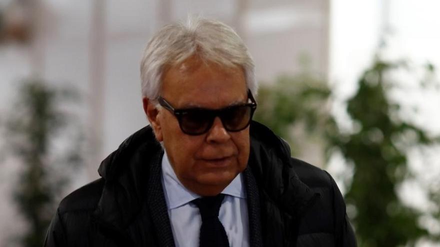 Felipe González va aprovar la creació «d'un grup de mercenaris» per combatre ETA, segons la CIA