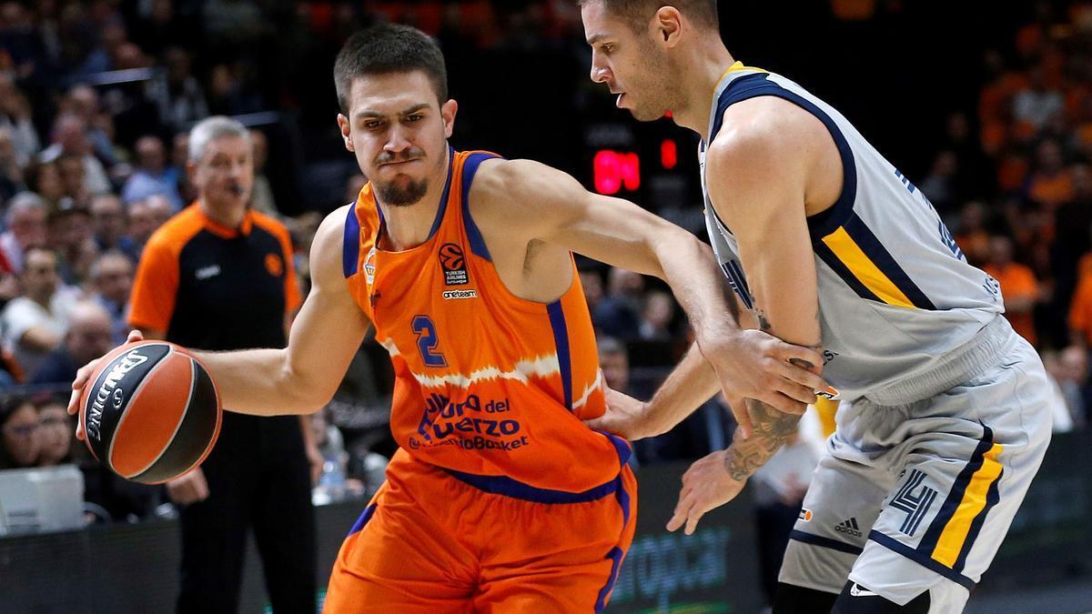Vanja Marinkovic, en un encuentro con el Valencia Basket.