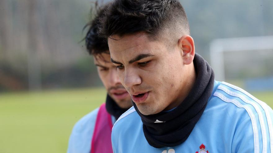 """El Celta hace oficial la cesión del """"Toro"""" Fernández al Juárez"""