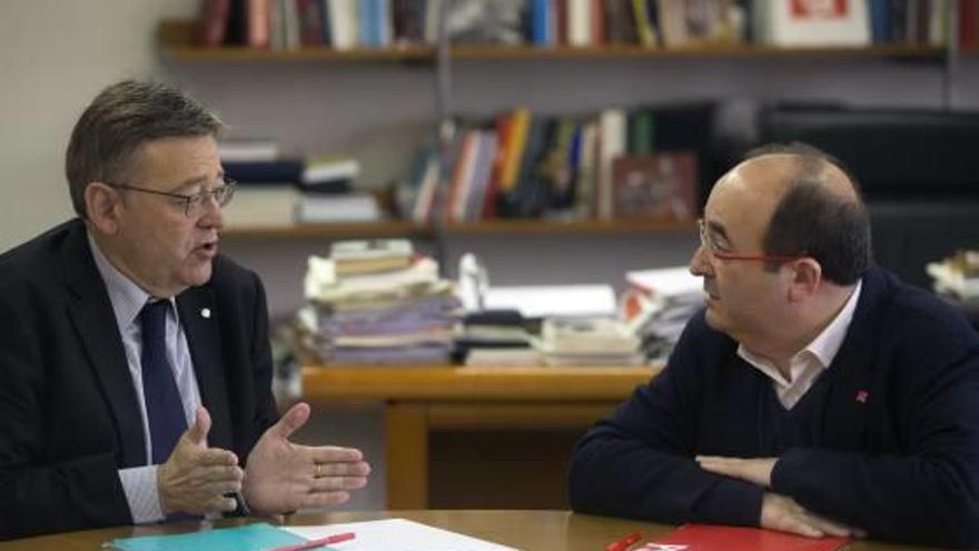 El Consell se enfrenta a Montoro y a medio PSOE para exigir la quita de deuda