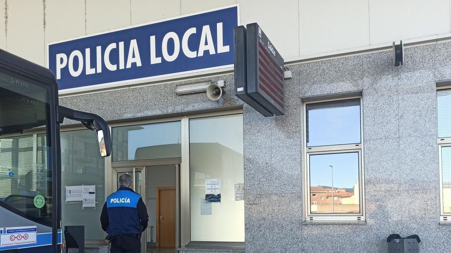 """El Sipla reclama a Trabanco resolver el conflicto con la Policía Local """"en privado"""""""