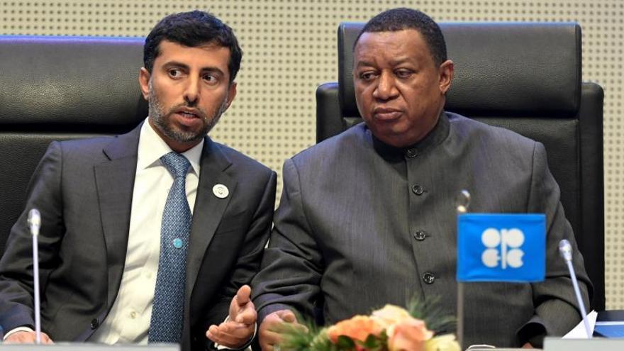 La OPEP no logra un acuerdo para reducir la producción de crudo y pospone la decisión