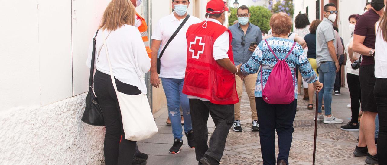 Cruz Roja atiende a 162 personas durante el mayo cordobés