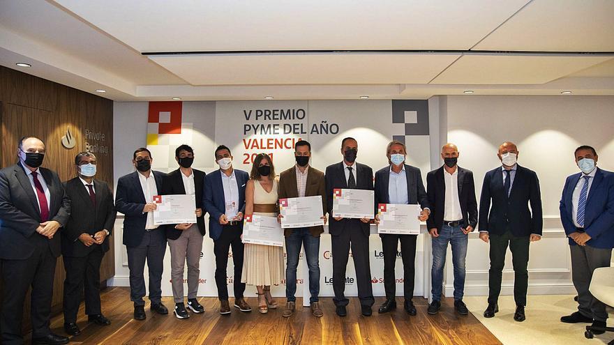 Aerox recibe el premio Pyme del Año 2021 de Banco Santander y Levante-EMV