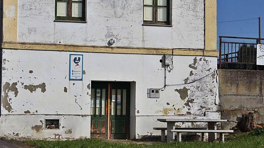 Castropol no logra adjudicar la gestión del albergue de Tol