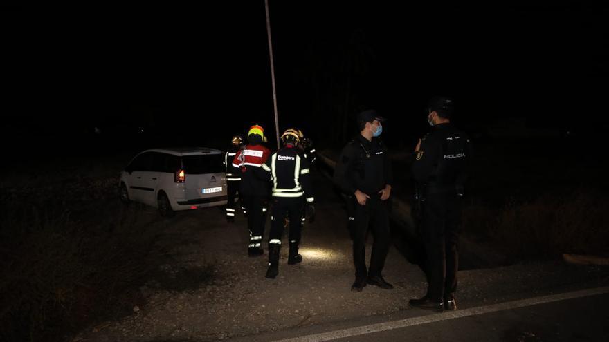 Investigan el hallazgo de un cadáver en una acequia en La Hoya