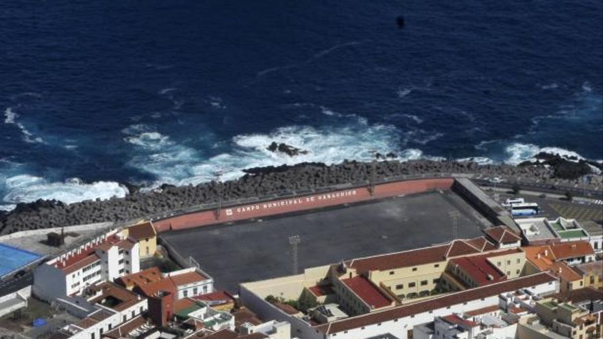 Convertir el viejo campo de Garachico en un aparcamiento cuesta 800.000 euros
