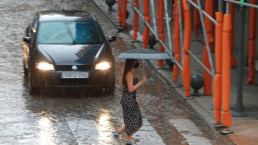 Galicia registra más de un millar de rayos en una tarde con fuertes tormentas