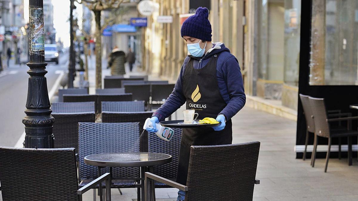 Los hosteleros estradenses solo podrán atender en las terrazas, de las que muchos carecen.  | // BERNABÉ/JAVIER LALÍN