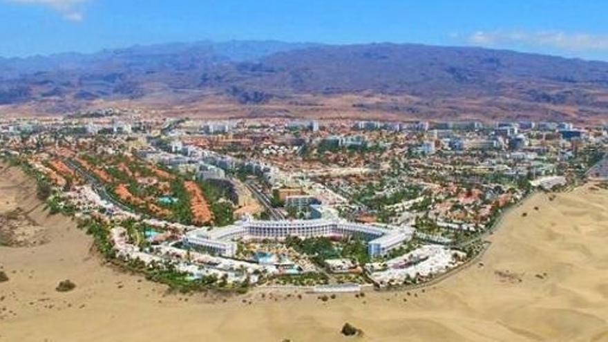 Las pernoctaciones turísticas se desploman en Canarias casi un 70% en 2020