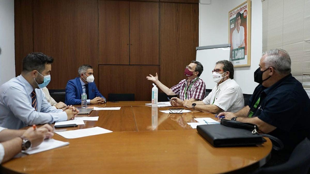 Reunión del Movimiento Ciudadano y Al-Zahara con parlamentarios de Cs.