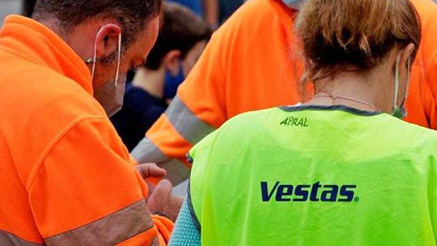 Vestas descarta aplazar la negociación del ERE y avanza en el cierre de su planta en Viveiro