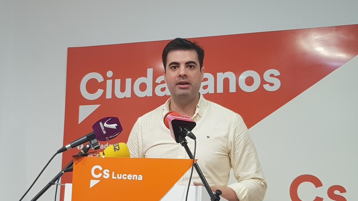 Cs denuncia que el acoso laboral en el Ayuntamiento de Lucena puede alcanzar el centenar de casos