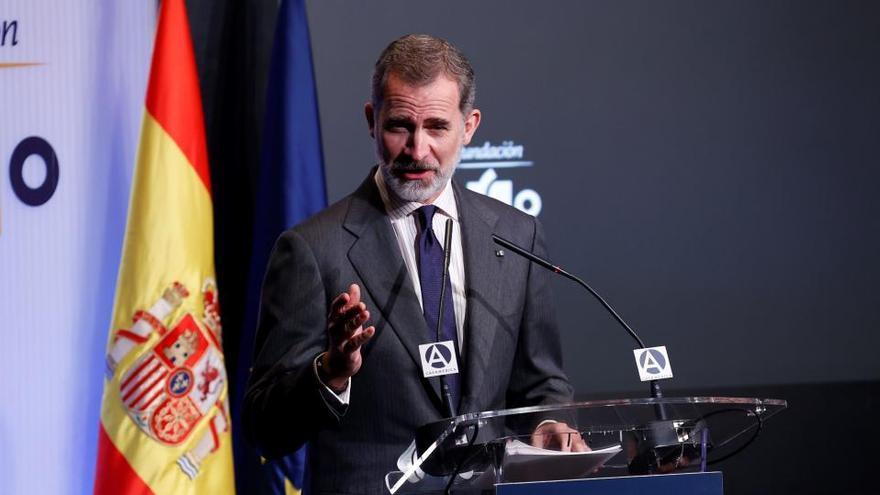 """El Rey afirma que las empresas merecen """"todo el apoyo social e institucional"""""""