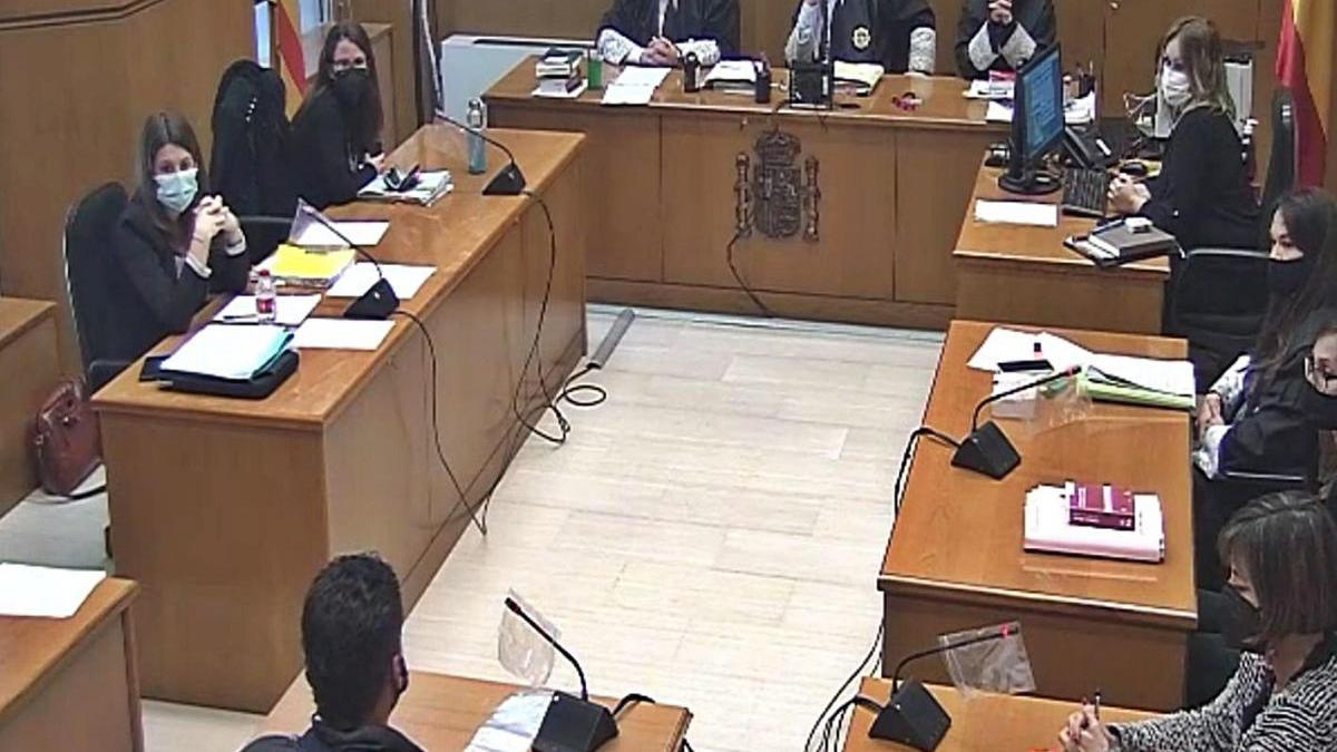 Un dels acusats durant la seva declaració ahir al judici a l'Audiència de Barcelona
