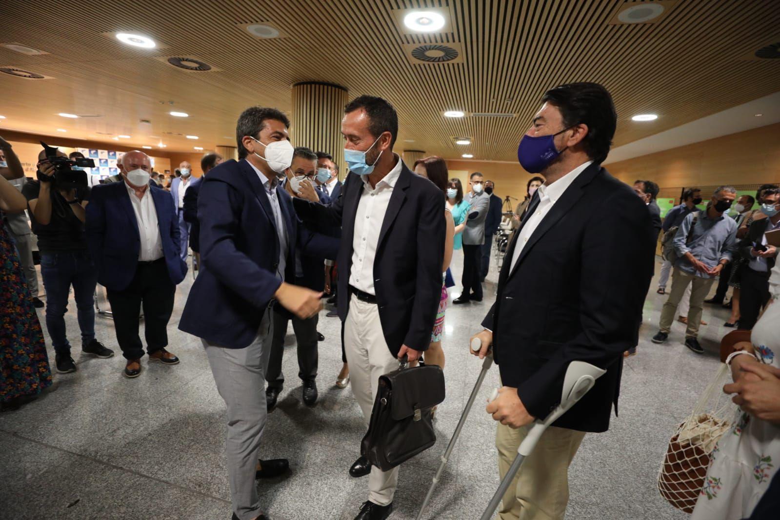 Patronal y alcaldes piden diálogo e infraestructuras para fortalecer el eje Alicante-Elche