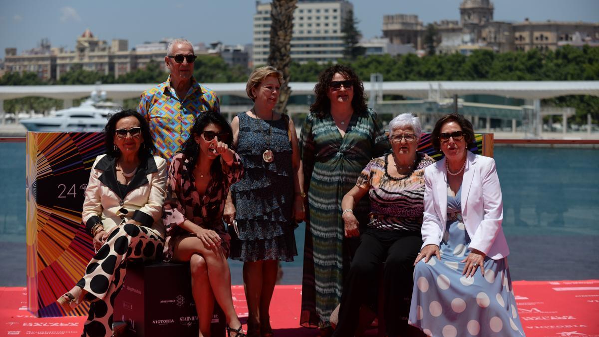 Foto de grupo de la película 'Destello bravío', en el Festival de Málaga, que termina este domingo.