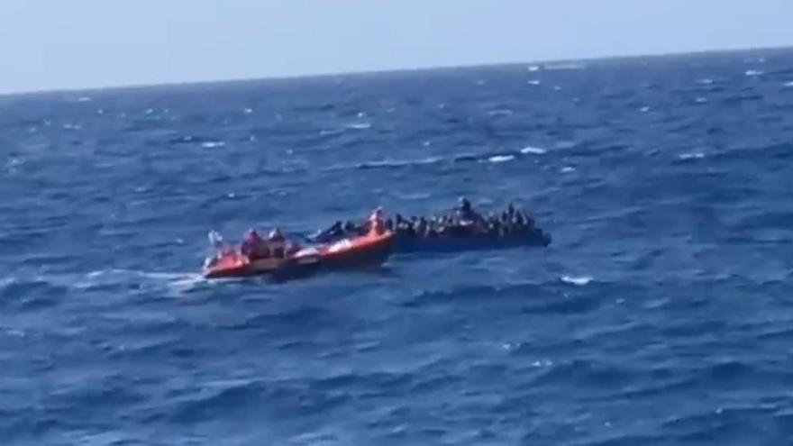 El Open Arms rescata a 96 migrantes en el Mediterráneo