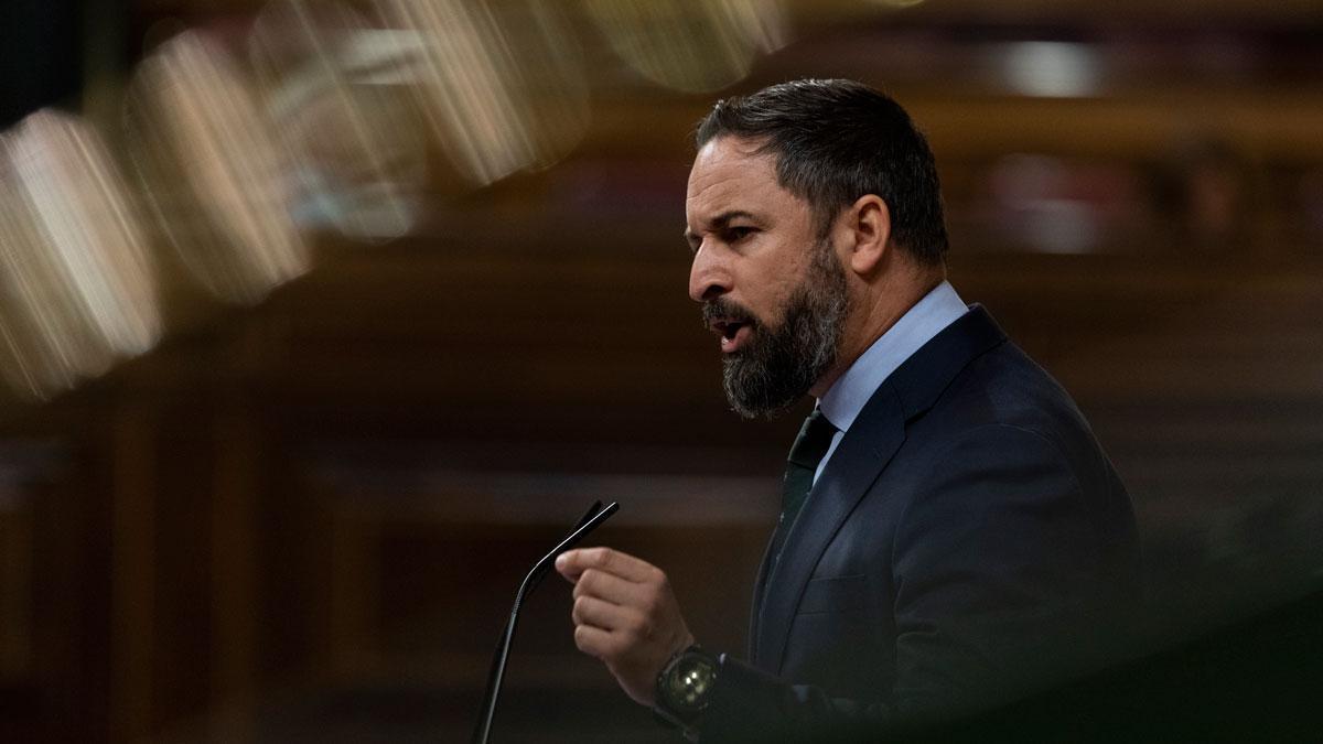 Abascal anuncia una moción de censura y el PP se desmarca