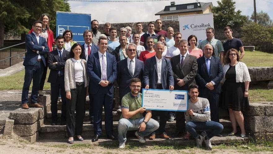 Pérez Rumbao y CaixaBank donan 20.000 euros a Proxecto Home y Autismo Ourense