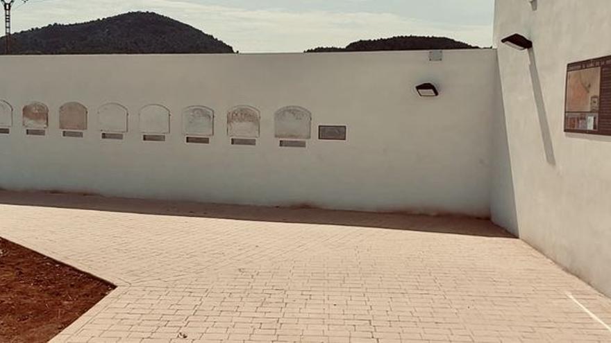 Betxí crea un memorial histórico en el cementerio