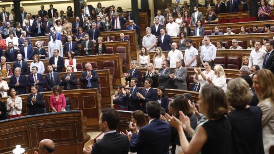 Unidas Podemos, ERC y PNV evitan aplaudir a Mari Mar Blanco en el Congreso