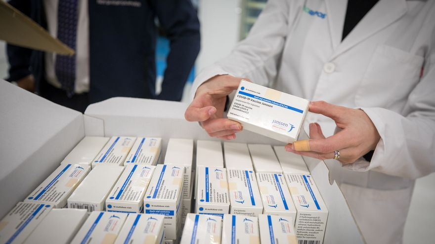 Sanidade aplicará la vacuna de Janssen a personas en sus domicilios