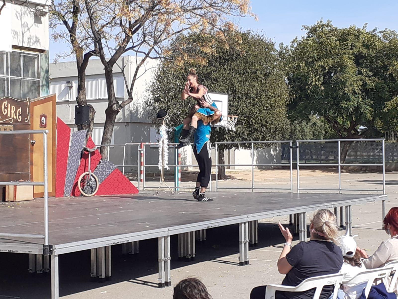 Actuación de circo.
