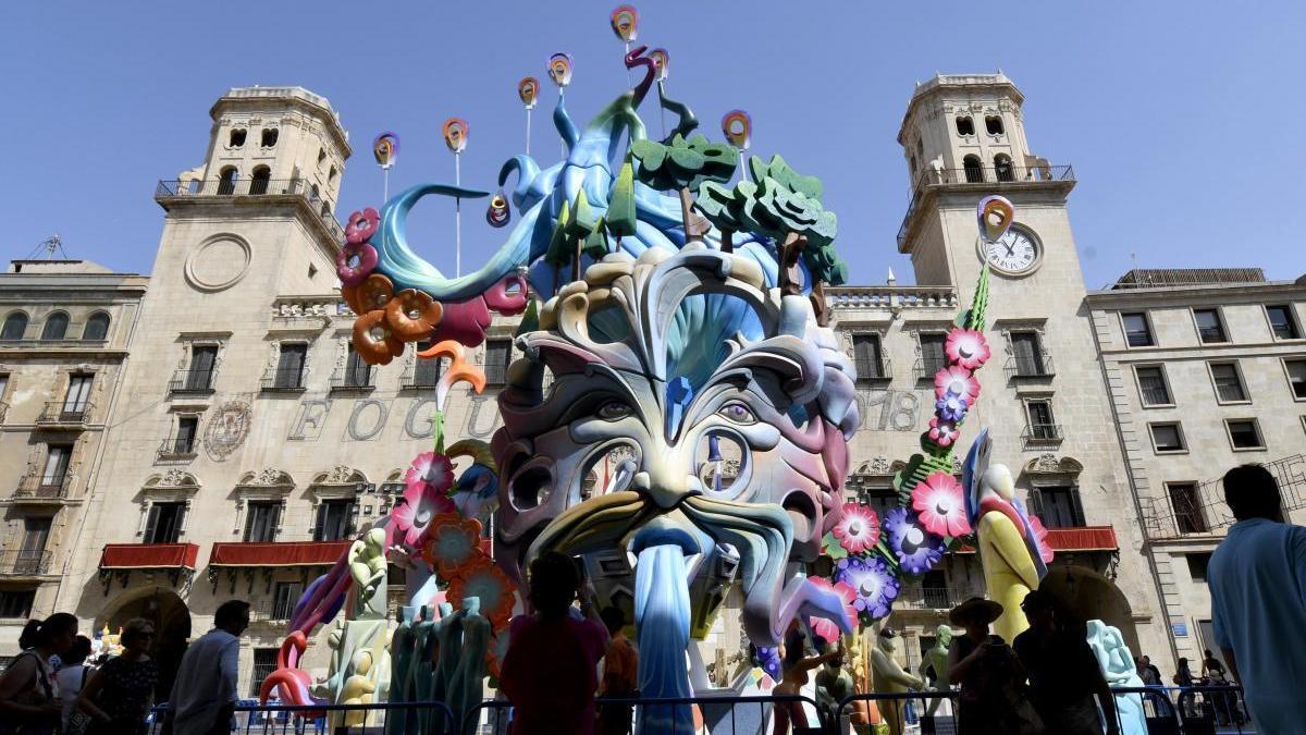 Alicante suspende definitivamente las Hogueras 2020
