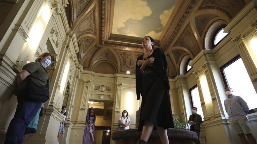 El Palacio Valdés alza el telón de su historia