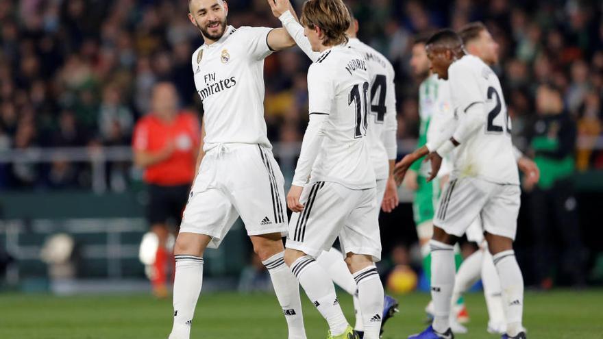Ceballos rescata al Madrid davant un Betis superior