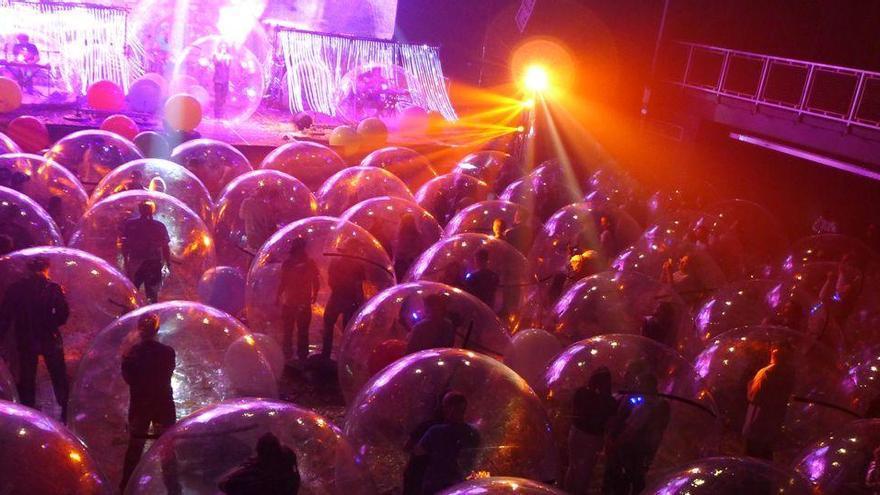 Concerts bombolla per esquivar el coronavirus, la idea de la banda The Flaming Lips