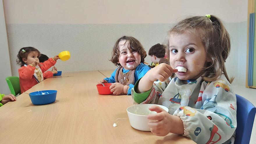 Aluvión de peticiones en la escuela infantil de Candamo