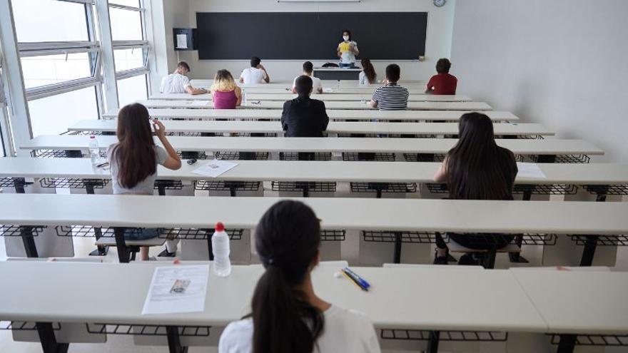 Más de 100.000 firmas para incluir a mujeres en las asignaturas de Filosofía y Arte